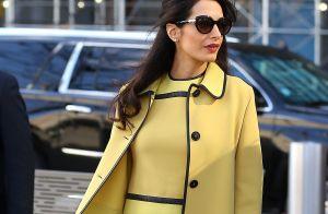 Amal Clooney enceinte : La future maman chic et combattante à New York