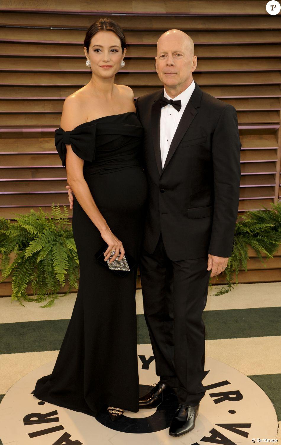 Bruce Willis et sa femme Emma Heming (enceinte) - People à la soirée Vanity fair après les Oscars 2014 à West Hollywood. Le 2 mars 2014