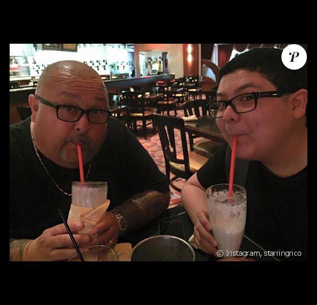 Rico Rodriguez rend hommage à son père Ray, une semaine après son décès, sur sa page Instagram - Photo publiée le 20 mars 2017