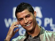 Cristiano Ronaldo, sacré joueur de l'année... attention à la grosse tête Cristiano !