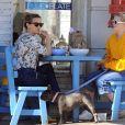 Reese Witherspoon déjeune avec sa fille Ava Phillippe au restaurant Blue Plate à Los Angeles, le 7 mars 2017