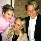 Reese Witherspoon : Ava et Deacon, ses troublants sosies, ont bien grandi