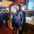 """Nabilla Benattia (pour son livre """"Trop Vite"""") et son compagnon Thomas Vergara en visite au 32ème Salon du Livre à la Porte de Versailles à Paris, le 25 mars 2017."""