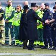 La reine Silvia et le roi Carl Gustav de Suède - La famille royale de Suède remercie les services de secours et les services de sécurité, après la minute de silence devant l'Hôtel de Ville en hommage aux victimes de l'attentat de Stockholm, qui a fait 4 morts et 15 blessés. Le 10 avril 2017