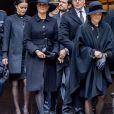 La princesse Sofia (Hellqvist), la princesse Victoria, le prince Daniel, la reine Silvia de Suède - La famille royale de Suède à la sortie l'Hôtel de Ville après la minute de silence en hommage aux victimes de l'attentat de Stockholm, qui a fait 4 morts et 15 blessés. Le 10 avril 2017