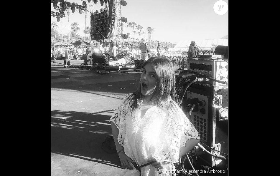 Photo d'Anja Mazur (fille d'Alessandra Ambrosio et Jamie Mazur) à Coachella. Avril 2017.