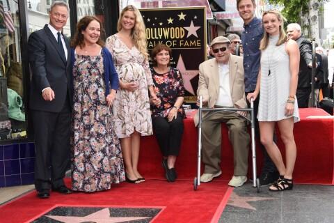 Gary Sinise (Les Experts) : Futur papy aux anges avec sa femme et ses enfants