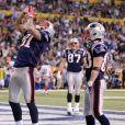 Aaron Hernandez célèbre son touchdown lors du Super Bowl XLVI au Lucas Oil Stadium d'Indianapolis, le 5 février 2012