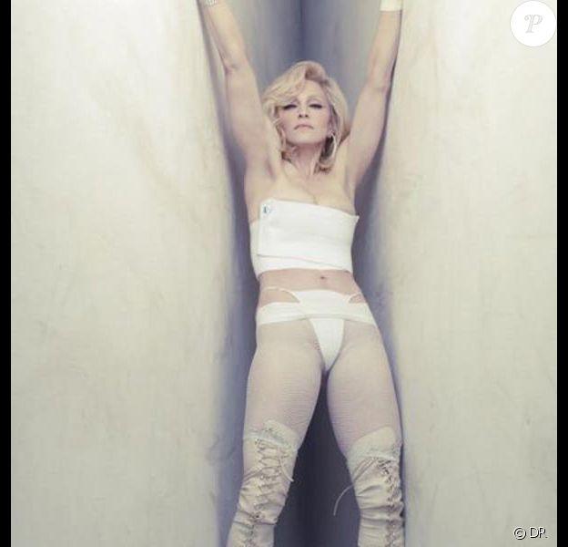 """Madonna pour la promo de """"Hard Candy"""""""