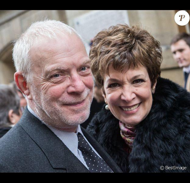 Exclusif - Mariage de Catherine Laborde et Thomas Stern. Le 9 novembre 2013 à la mairie du 2e arrondissement de Paris.