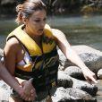 Exclusif - Eva Longoria fait de l'escalade sous un torrent et se jette du haut des rochers à Hawaii. Le 18 avril 2017