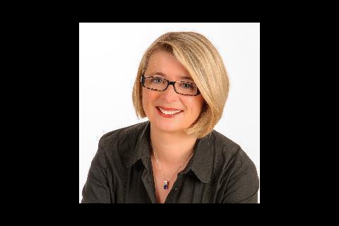 Corinne Erhel : Mort de la députée en plein meeting pro-Macron, un choc...