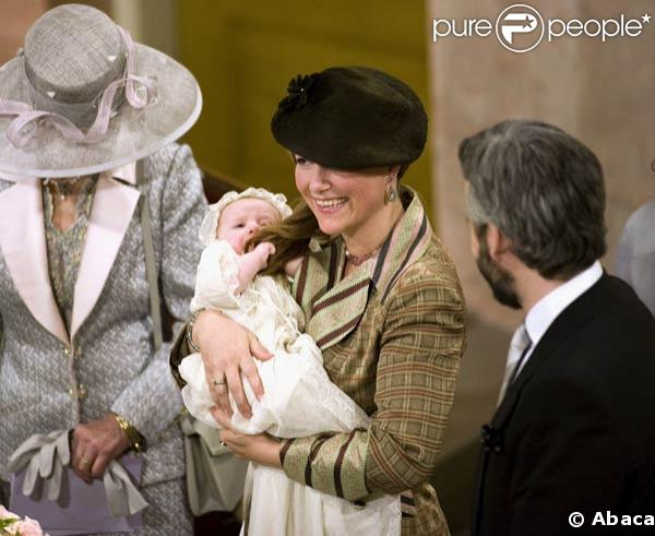 Le baptême de la petite Emma Tallulah Behn, dans la chapelle du Palais Royal d'Oslo. 20/01/09