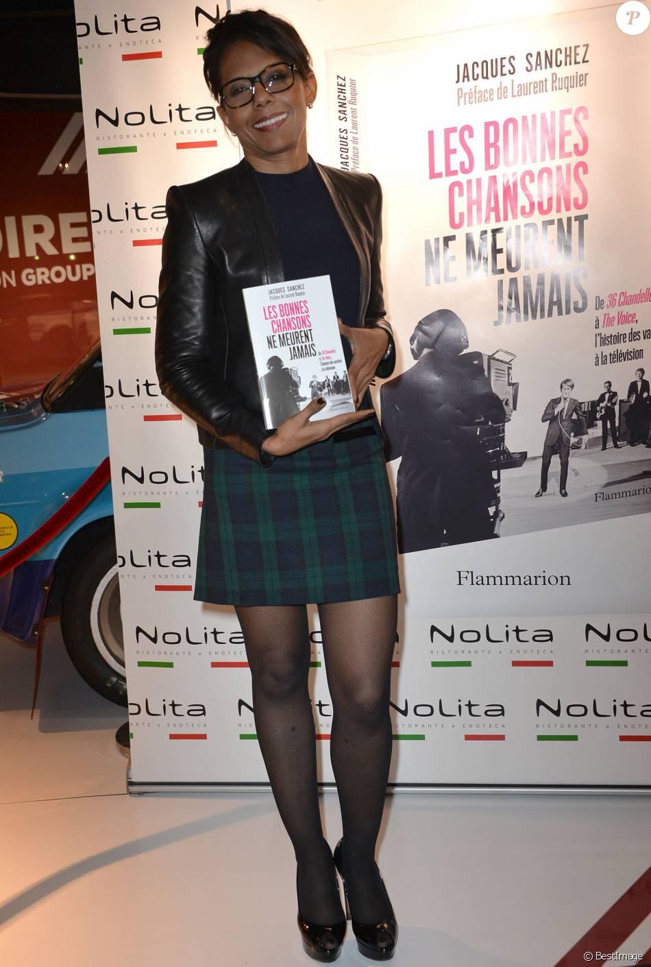 """Semi-exclusif - Audrey Pulvar - Photocall pour le lancement du livre """"Les bonnes chansons ne meurent jamais"""" de J. Sanchez au NoLita à Paris, le 4 novembre 2015. © Veeren/Bestimage"""