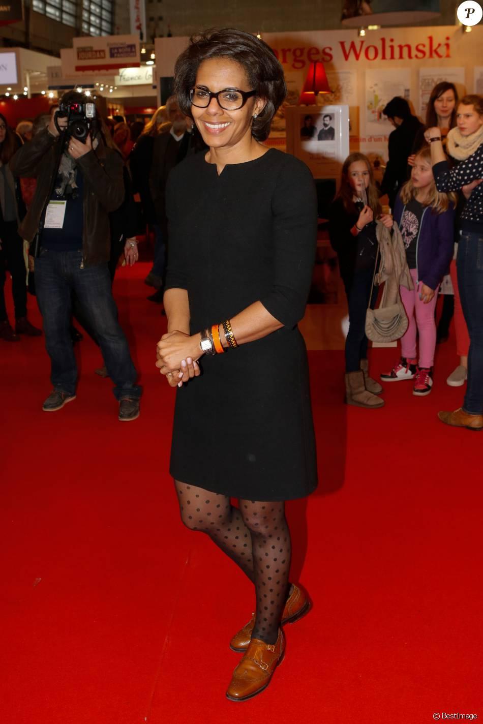 Audrey Pulvar - 35ème Salon du Livre à la Porte de Versailles à Paris, le 21 mars 2015.