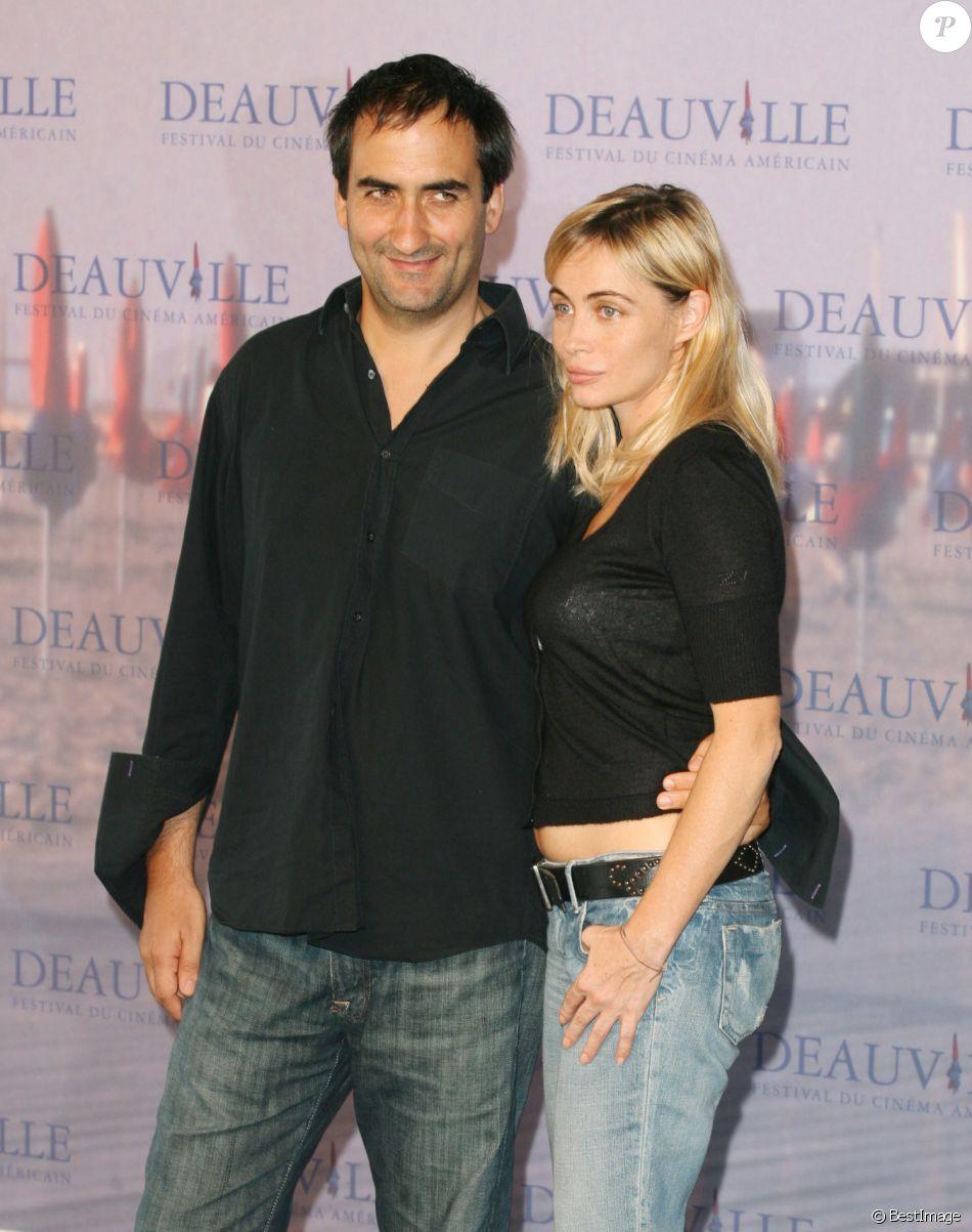 Le réalisateur français Manuel Pradal et Emmanuelle Béart lors du 32ème Festival du Cinéma Américain de Deauville le 3 septembre 2006