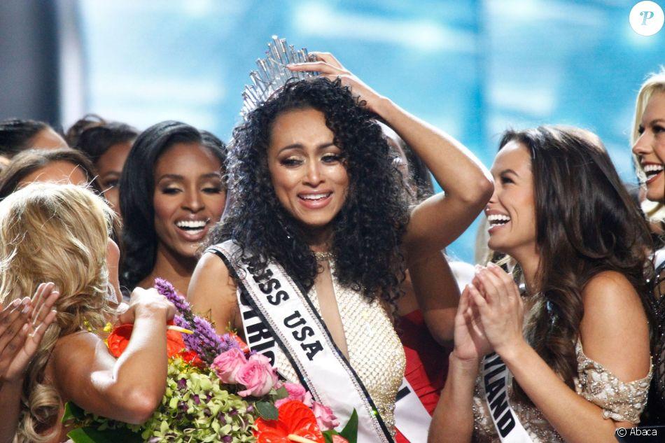 Kara McCullough remporte l'élection de Miss USA 2017 au Mandalay Bay Resort and Casino de Las Vegas, le 14 mai 2017