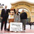 Les dirigeants de Disney dont Bob Iger à Walt Disney Studios, Paris, le 18 mars 2002.