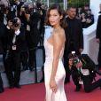 """Bella Hadid - Projection du film """"Les Fantômes d'Ismael"""" et cérémonie d'ouverture du 70e Festival de Cannes au Palais des Festivals. Cannes le 17 mai 2017."""