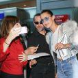Bella Hadid arrive à l'aéroport de Nice, le 16 mai 2017.