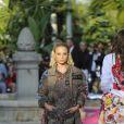 """Sofia Richieau défilé de mode Philipp Plein dans la villa """"La Jungle du Roi"""" lors du 70ème festival de Cannes le 24 mai 2017."""