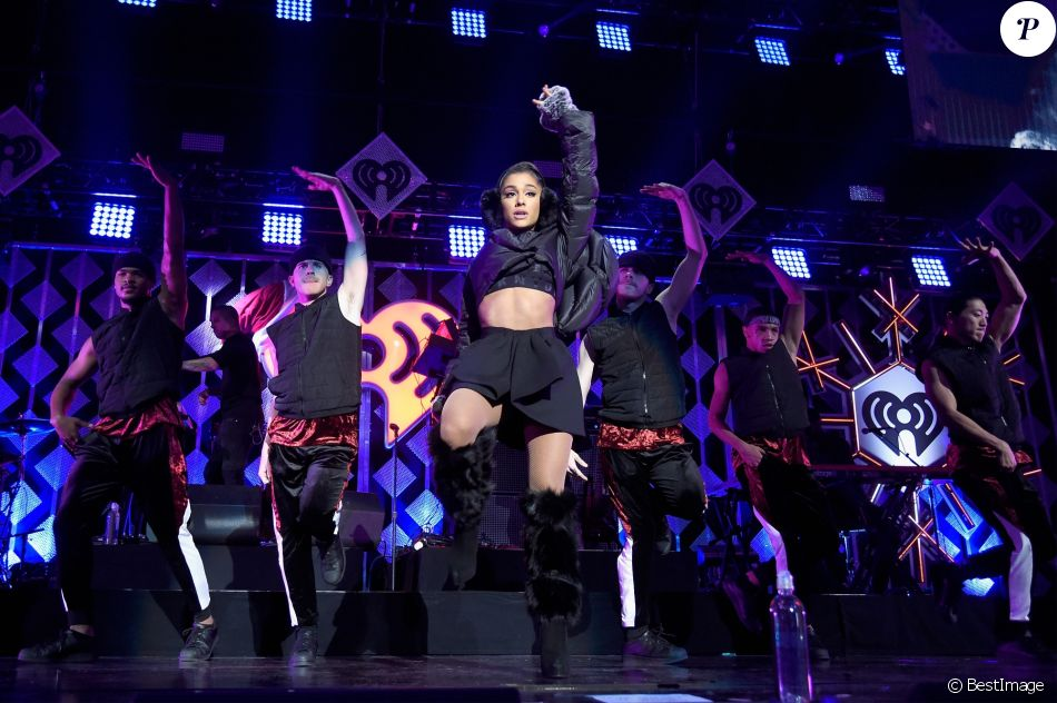 Ariana grande la soir e z100 39 s jingle ball 2016 au madison square garden new york le 9 for Jingle ball madison square garden