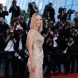 Uma Thurman (robe Atelier Versace) - Montée des marches de la cérémonie de clôture du 70ème Festival International du Film de Cannes. Le 28 mai 2017. © Borde-Jacovides-Moreau/Bestimage