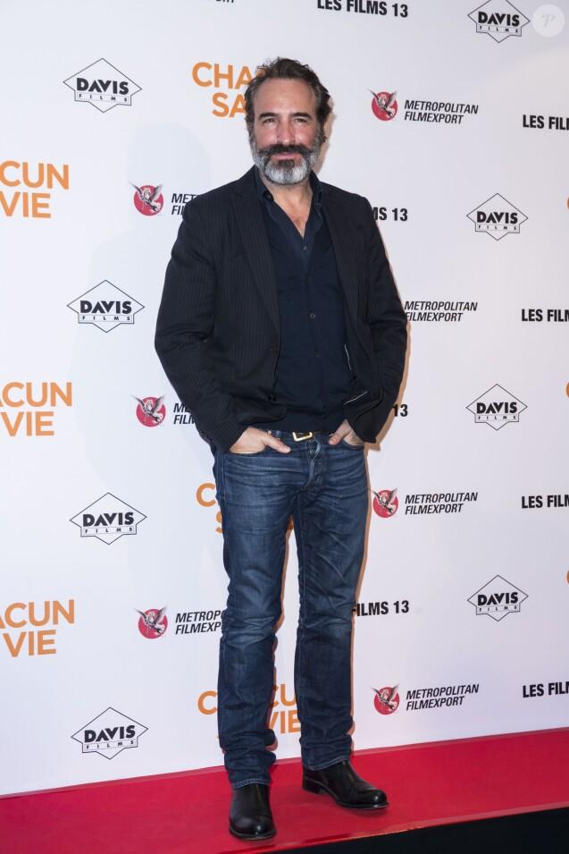 Jean dujardin avec les filles jusqu 39 tard il ne for Jean dujardin 2017