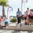 La princesse Charlene de Monaco, Eddie Jordan, Marc Thomas et Mika Häkkinen lors de la 1re édition du Riviera Water Bike Challenge disputé en mer entre Nice et Monaco, le 4 juin 2017, au profit des actions de la Fondation Princesse Charlene de Monaco. © Claudia Albuquerque / Bestimage