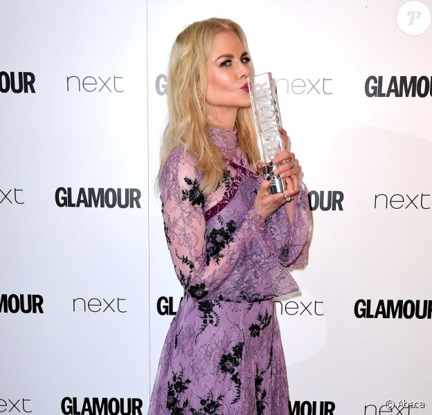 "Nicole Kidman (Film Actress Award) - ""Glamour Awards 2017"" à Berkeley Square. Londres, le 6 juin 2017."