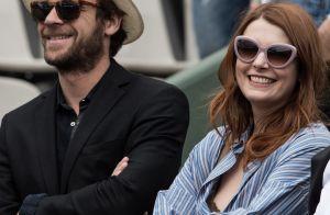 Elodie Frégé, sensuelle à Roland-Garros, s'affiche avec son nouvel amoureux
