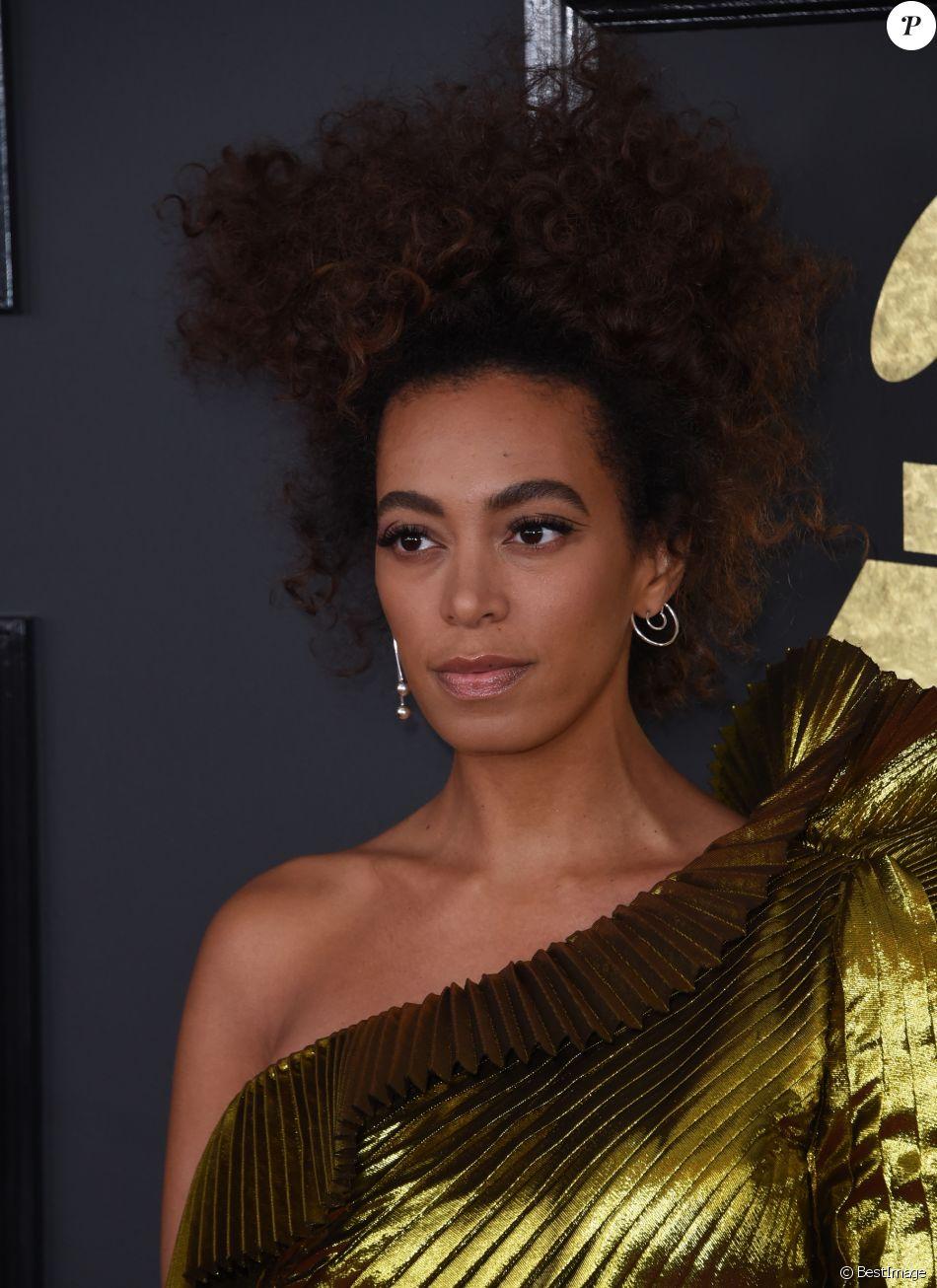 Solange Knowles à la 59ème soirée annuelle des Grammy Awards au théâtre Microsoft à Los Angeles, le 12 février 2017 © Chris Delmas/Bestimage
