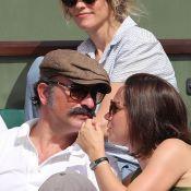 Jean Dujardin, moustachu, et Nathalie Péchalat lors de la finale à Roland-Garros
