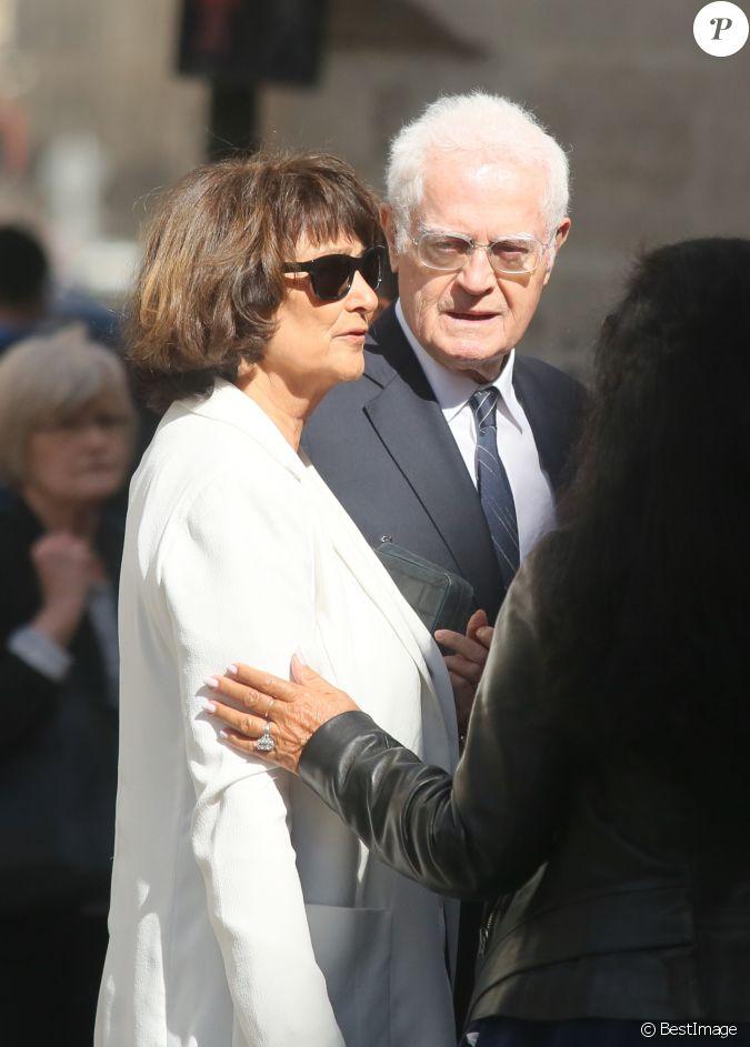 Lionel jospin et sa femme sylviane agacinski obs ques de jean marc thibault en l 39 glise saint - Alexandre jardin et sa femme ...