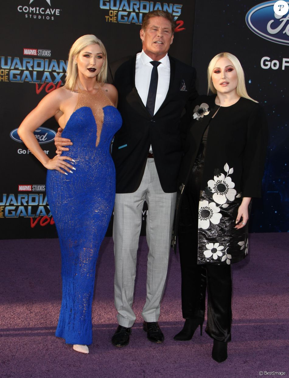 "David Hasselhoff avec ses filles Taylor Ann et Hayley à la première de ""Guardians Of The Galaxy 2"" à Los Angeles, le 19 avril 2017. © CPA/Bestimage"