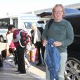 Exclusif - David Caruso avec ses enfants Marquez and Paloma arrivent à l'aéroport Lax de Los Angeles le 12 juin 2017.