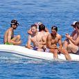 Exclusif - Rafael Nadal passe ses vacances sur son yacht avec ses potes à Formentera en Espagne le 17 juin 2017.
