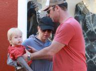 Naomi Watts remet au goût du jour... le pousse-pousse modèle enfant !