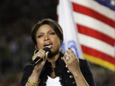 """Jennifer Hudson a chanté l'hymne américain en playback pour éviter... une """"performance désastreuse"""" !"""