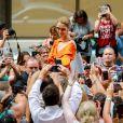 La diva Céline Dion à la sortie de l'hôtel Le Royal Monceau à Paris, France, le 9 juillet 2017.