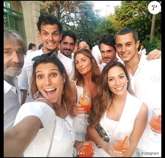 Laury Thilleman et son chéri Juan Arbelaez (Top Chef 2012) ont retrouvés Silvia Notargiacomo (DALS) et son compagnon le chef cuisinier Denny Imbroisi (Top Chef 2012) à la soirée blanche des Disciples d'Escoffier à Paris, le 8 juillet 2017.