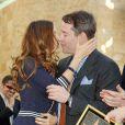 Alors que c'est la reine du célibat dans Sex and the City, Sarah Jessica Parker, 43 ans, est la compagne du comédien qui se fait rare, Matthew Broderick, depuis 1997. Ensemble ils ont eu un fils en 2002.