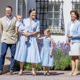 La princesse Victoria, le prince Daniel et leurs enfants la princesse Estelle et le prince Oscar, ses parents le roi Gustav et la reine Silvia - La princesse Victoria de Suède fête son 40ème anniversaire entourée de sa famille au château de Solliden sur l'île d'Oland le 15 juillet 2017, au lendemain de la date de sa naissance elle rencontre la population venue lui apporter des cadeaux