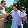 La princesse Victoria, le prince Daniel et leur fils le prince Oscar, sa mère la reine Silvia - La princesse Victoria de Suède fête son 40ème anniversaire entourée de sa famille au château de Solliden sur l'île d'Oland le 15 juillet 2017, au lendemain de la date de sa naissance elle rencontre la population venue lui apporter des cadeaux