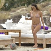 Eva Longoria : Canon en bikini, la bombe poursuit ses vacances