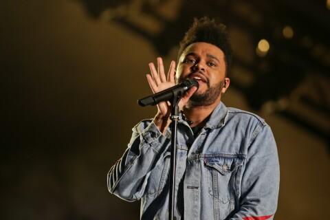 Lollapalooza Paris : The Weeknd au top et un pantalon qui craque en plein show