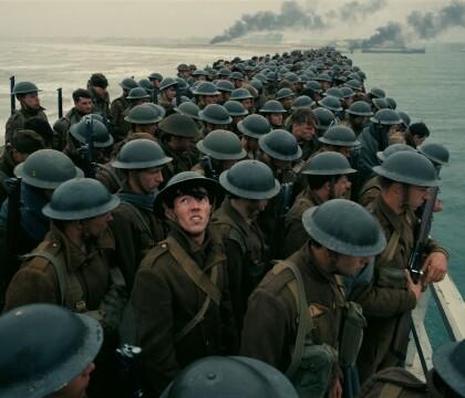 """Christopher Nolan : Son hommage aux soldats français dans """"Dunkerque"""" critiqué"""
