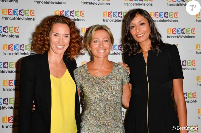 marie sophie lacarrau anne sophie lapix et leila kaddour lors du photocall de la pr sentation. Black Bedroom Furniture Sets. Home Design Ideas