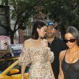 """Kim Kardashian et Kendall Jenner à New York, le 1er août 2017."""