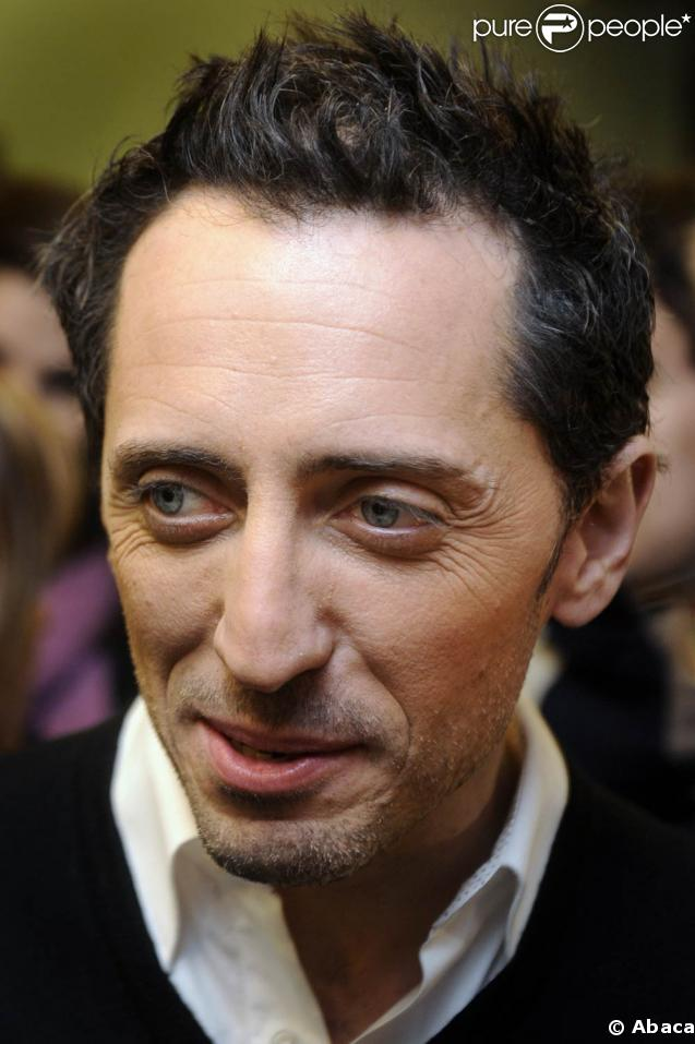 gad elmaleh lors de la promotion bruxelles de son film coco. Black Bedroom Furniture Sets. Home Design Ideas